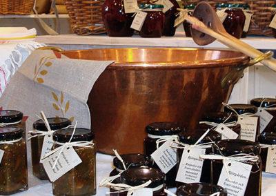 Koppargryta och marmelader från Björgården